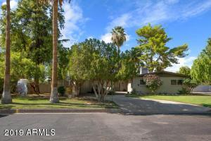 930 W FAIRWAY Drive, Mesa, AZ 85201