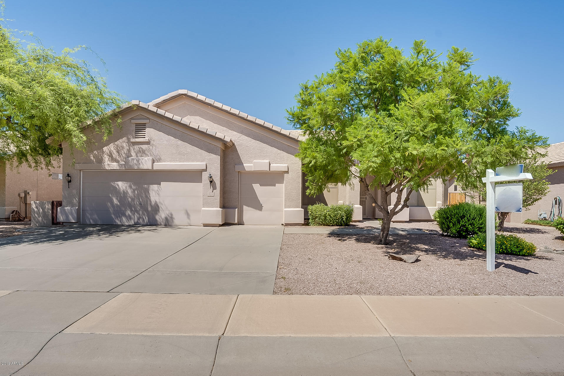 Photo of 1032 E WINGED FOOT Drive, Chandler, AZ 85249
