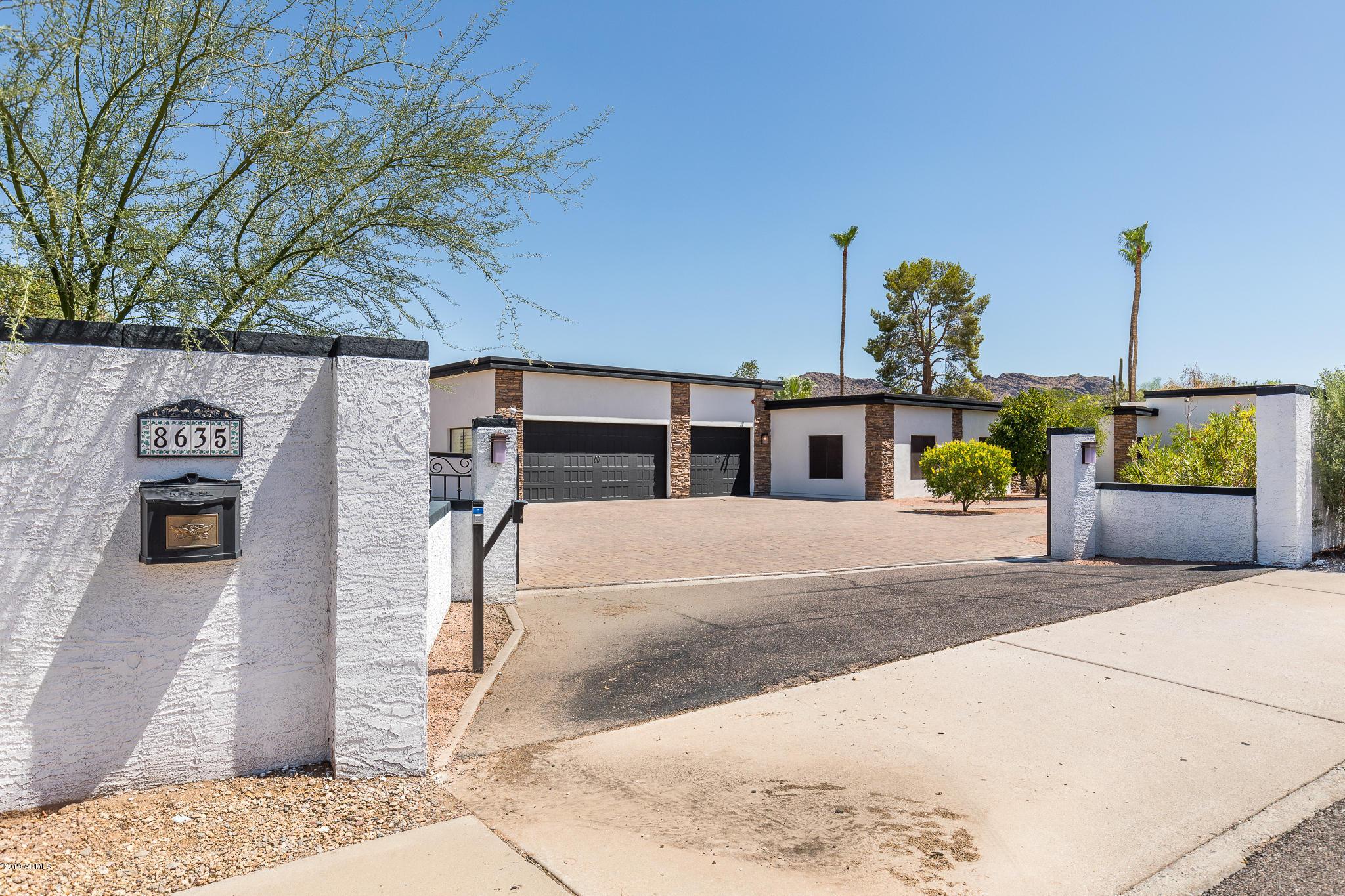 Photo of 8635 N TATUM Boulevard, Paradise Valley, AZ 85253