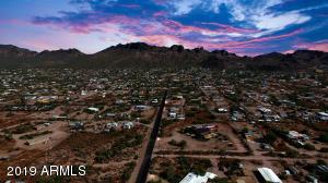 4156 N VALLEY Drive, B, Apache Junction, AZ 85120