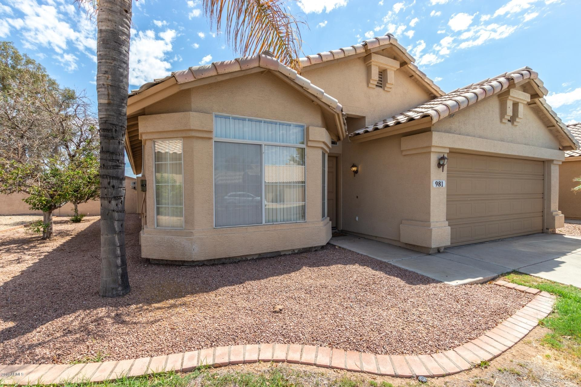 Photo of 981 N LONGMORE Street, Chandler, AZ 85224