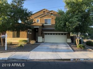2721 E Quiet Hollow Lane, Phoenix, AZ 85024