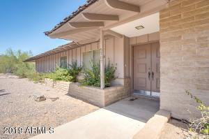 5707 N 40TH Street, Phoenix, AZ 85018