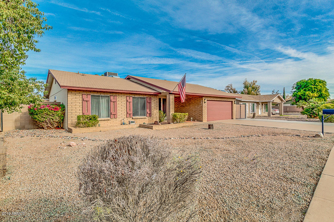 Photo of 1010 W FOGAL Way, Tempe, AZ 85282