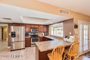 4622 W ALICE Avenue, Glendale, AZ 85302