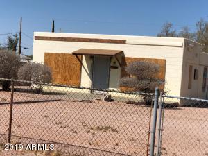 662 N IRONWOOD Drive, Apache Junction, AZ 85120