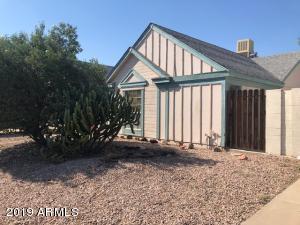 722 E TEMPLE Street, Chandler, AZ 85225