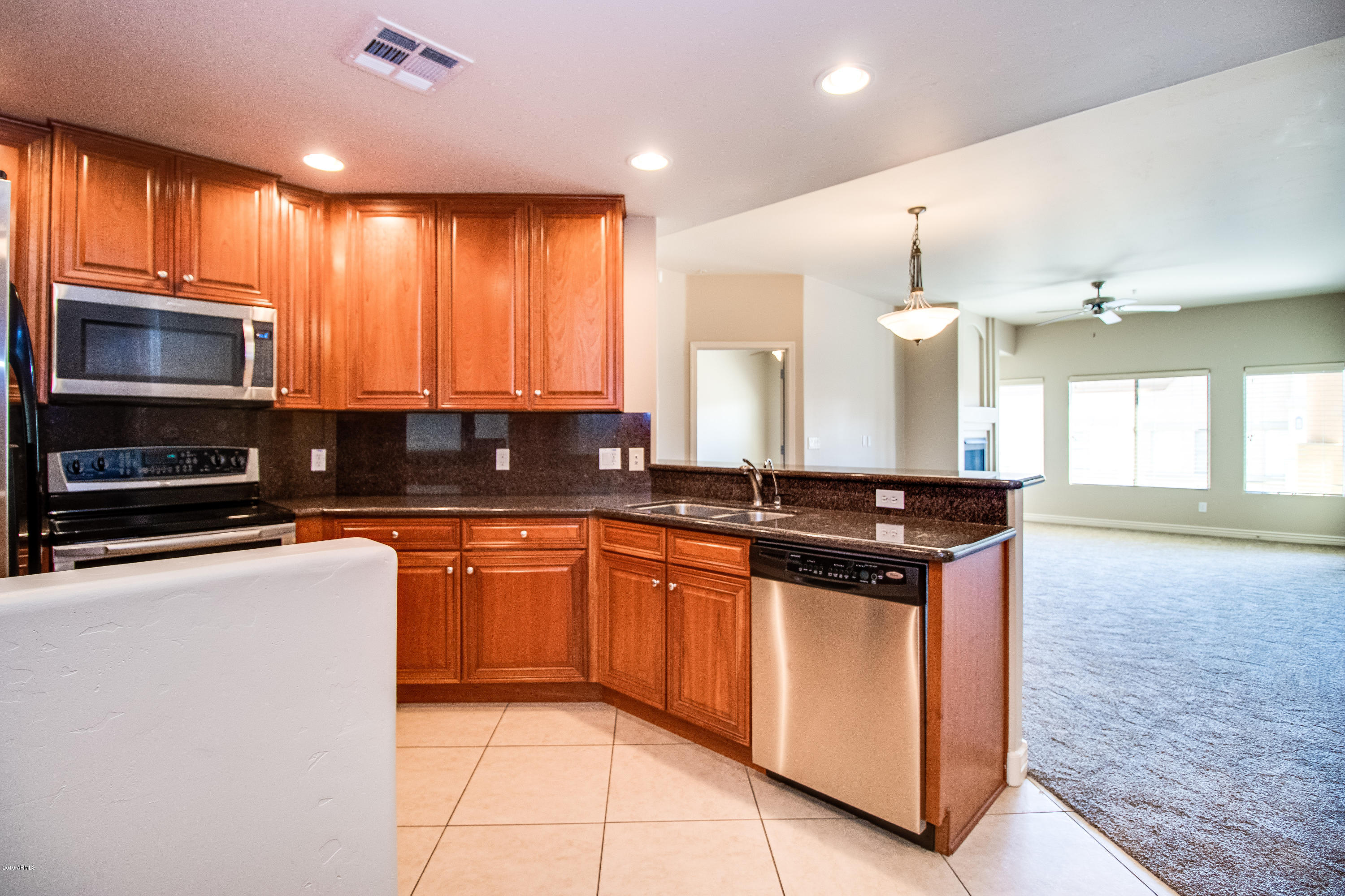 Photo of 5450 E DEER VALLEY Drive #4203, Phoenix, AZ 85054