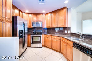 5450 E DEER VALLEY Drive, 4203, Phoenix, AZ 85054