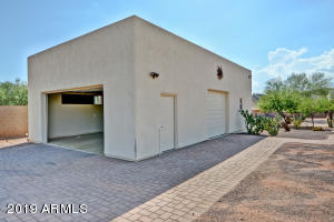 43816 N 16TH Street, New River, AZ 85087