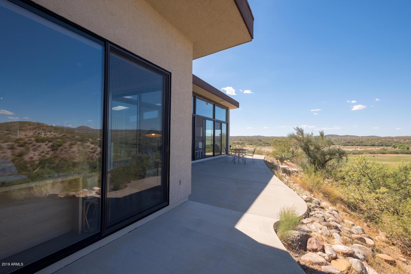 Photo of 37455 S RINCON Road, Wickenburg, AZ 85390