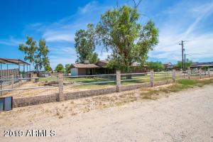 Photo of 18318 E CHANDLER HEIGHTS Road, Gilbert, AZ 85298