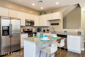 Gorgeous kitchen! Sparkling and bright!