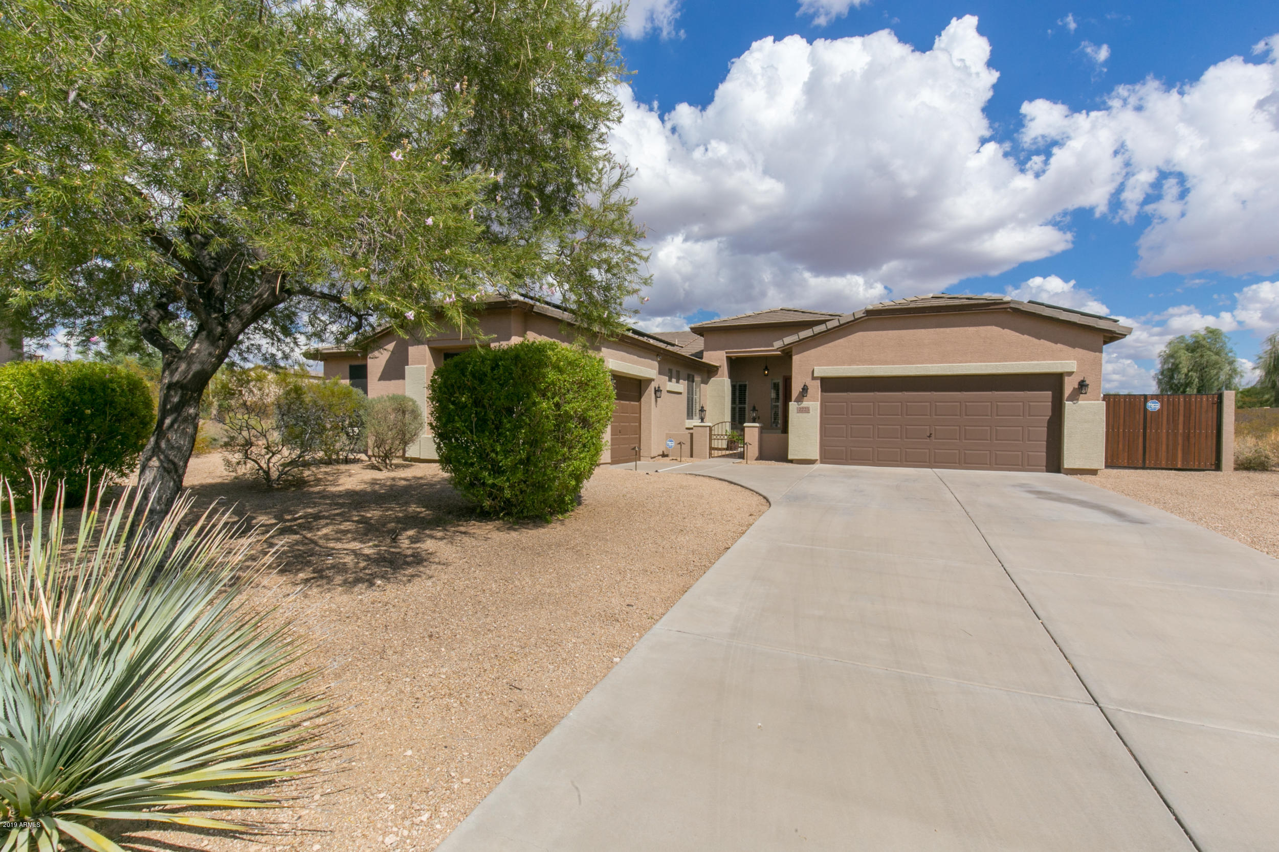 Photo of 2223 N PIEDRA Circle, Mesa, AZ 85207