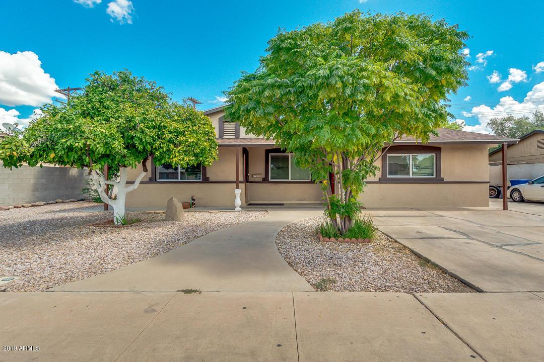 Photo of 1185 N CALIFORNIA Street, Chandler, AZ 85225