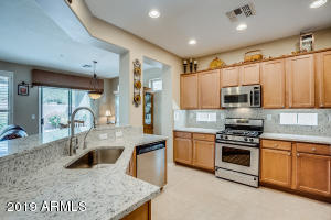 1922 W Whitman Court, Anthem, AZ 85086