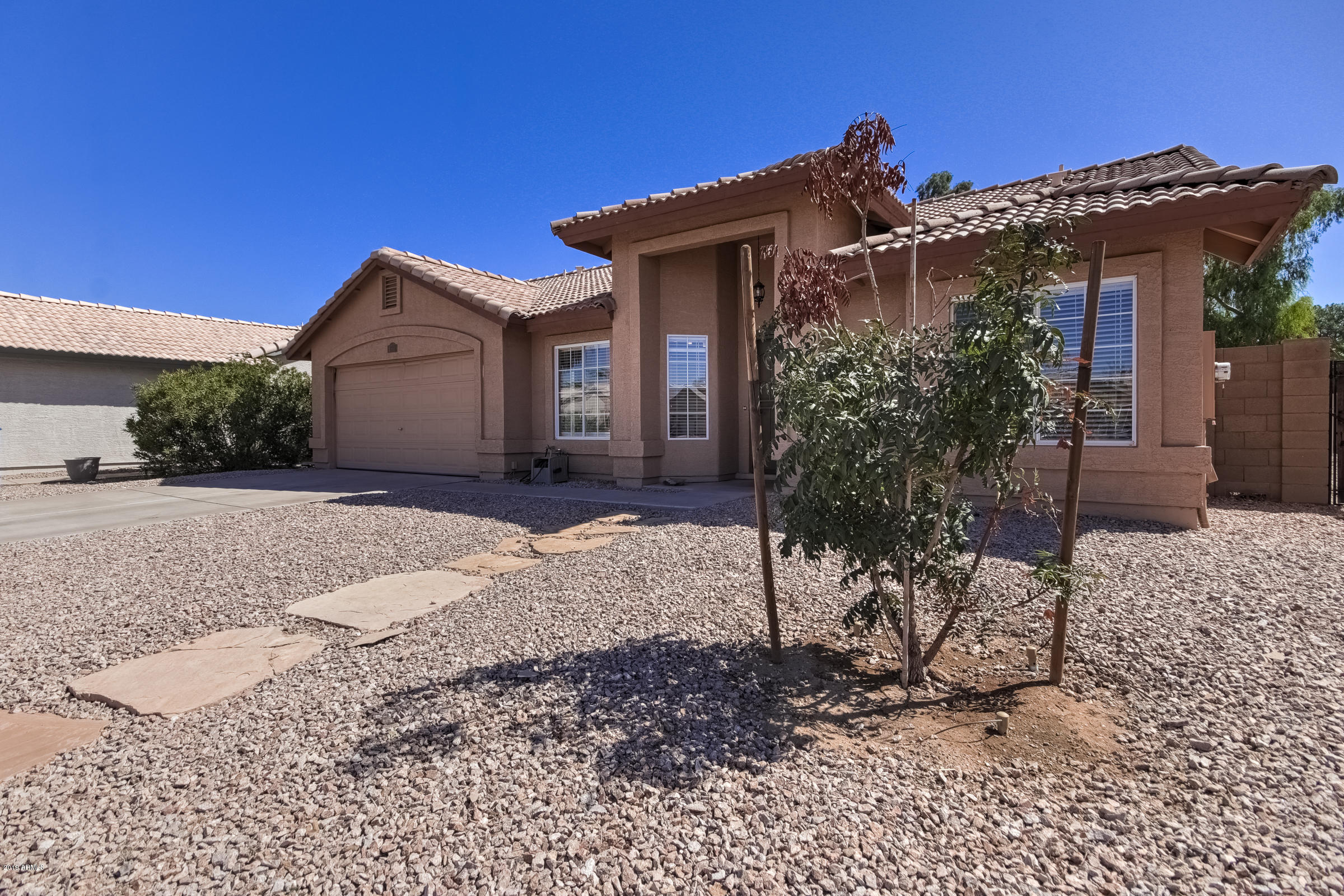 Photo of 1311 S CROSSBOW Place, Chandler, AZ 85286