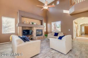 42461 W OAKLAND Drive, Maricopa, AZ 85138