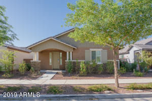 20735 W LEGEND Trail, Buckeye, AZ 85396
