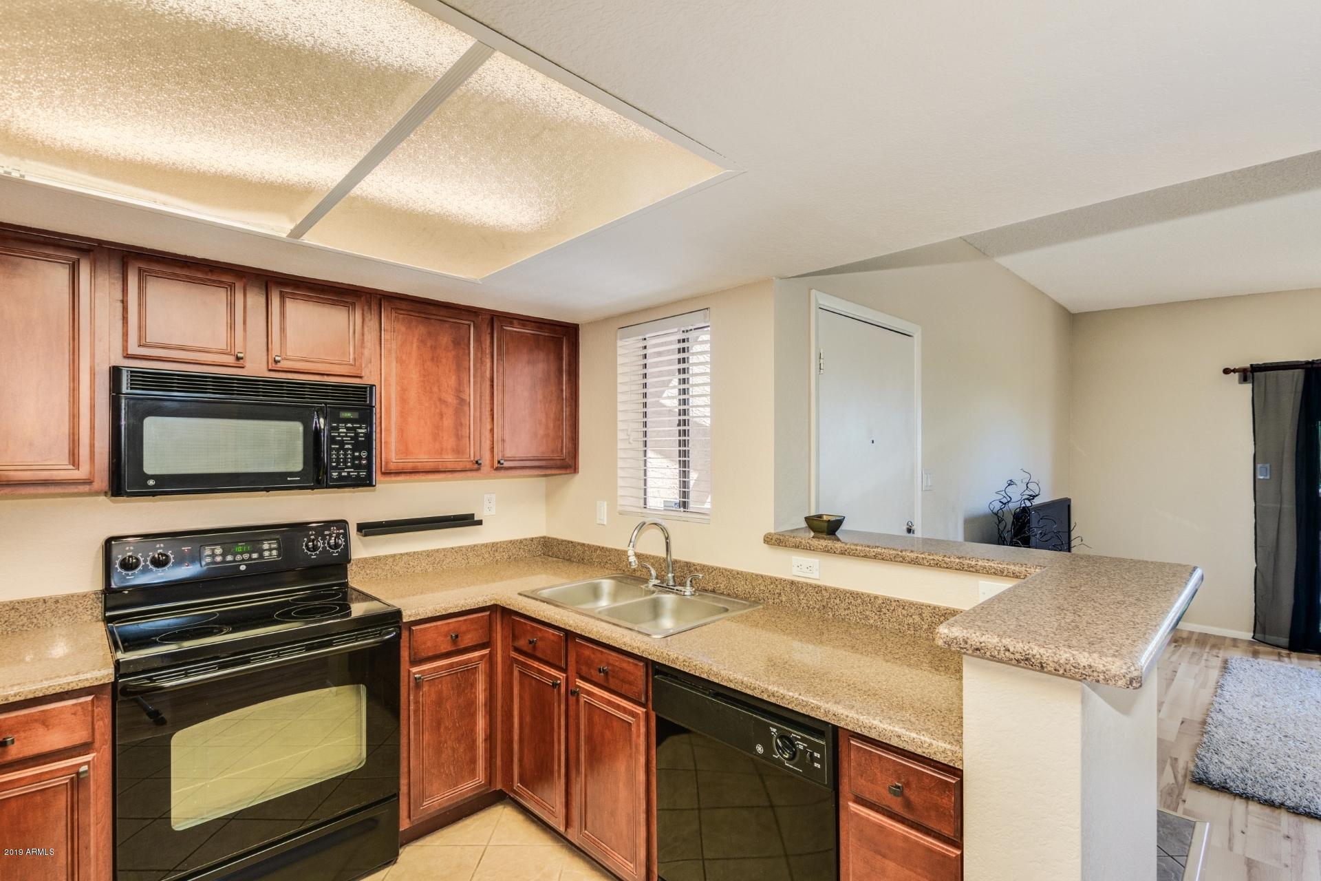 Photo of 5757 W EUGIE Avenue #2062, Glendale, AZ 85304