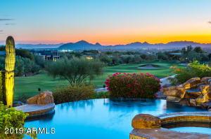 Unobstructed views of Camelback & Sunsets