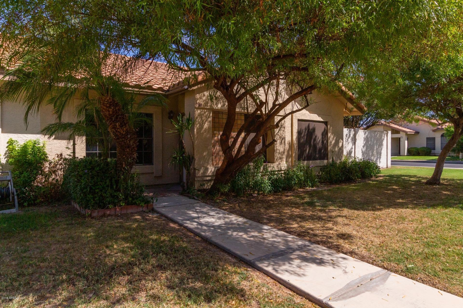 Photo of 968 E VAUGHN Avenue, Gilbert, AZ 85234
