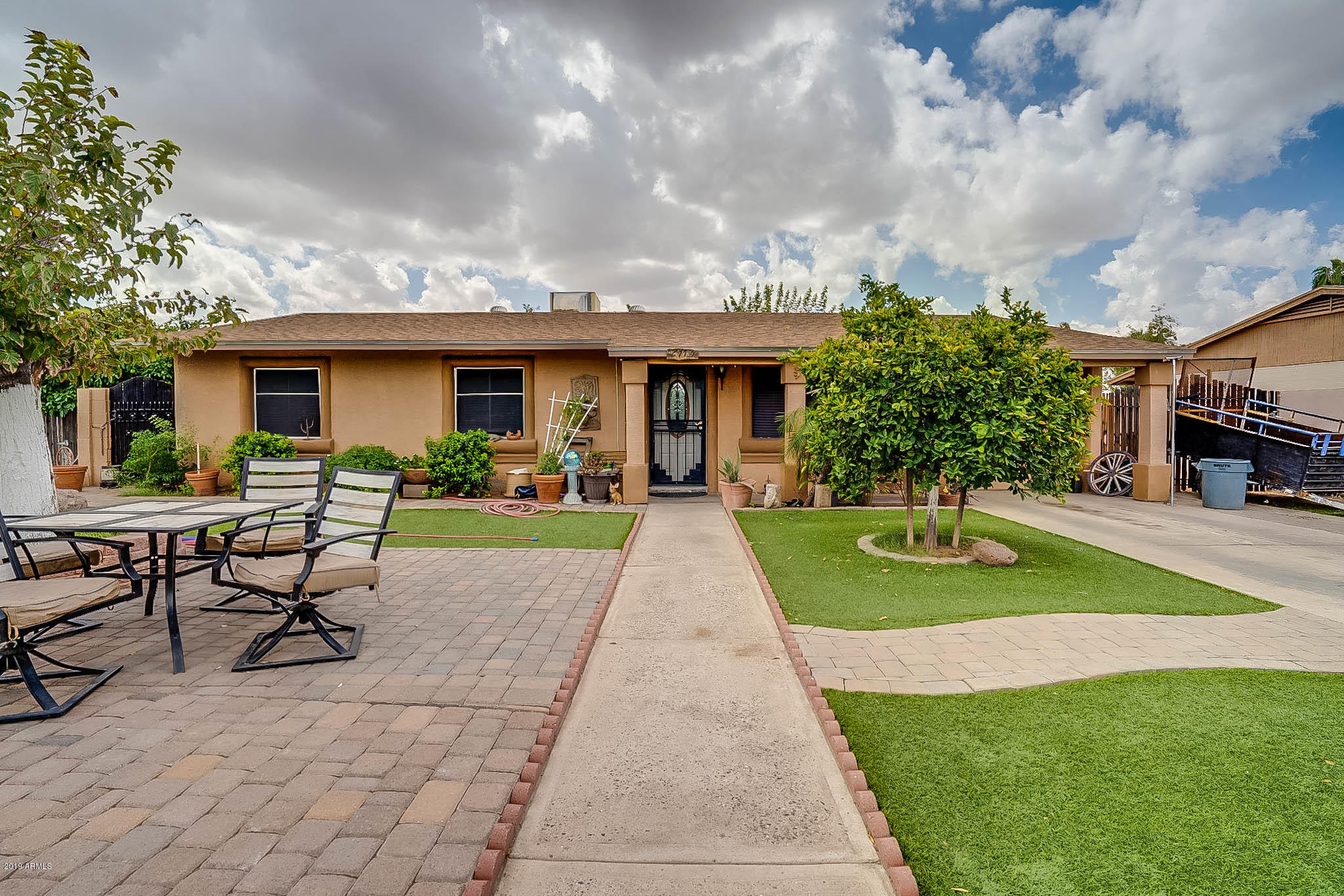 Photo of 6113 W MITCHELL Drive, Phoenix, AZ 85033