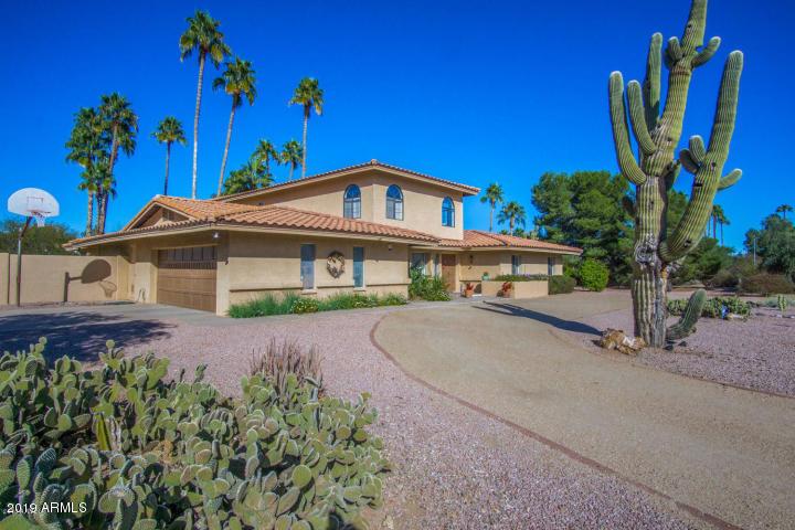 Photo of 5128 E MOUNTAIN VIEW Road, Paradise Valley, AZ 85253