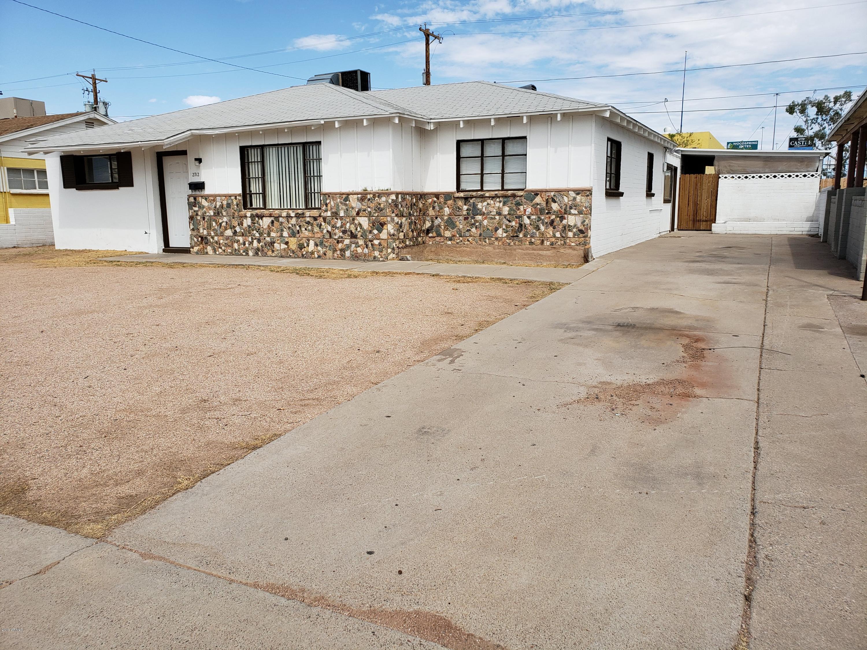 Photo of 2712 W LAWRENCE Lane, Phoenix, AZ 85051