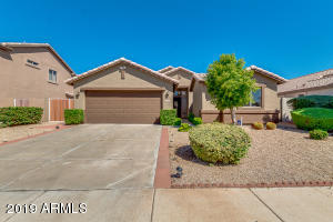 Beautiful Home in a great location! Near schools , shopping, Westgate Shopping Center