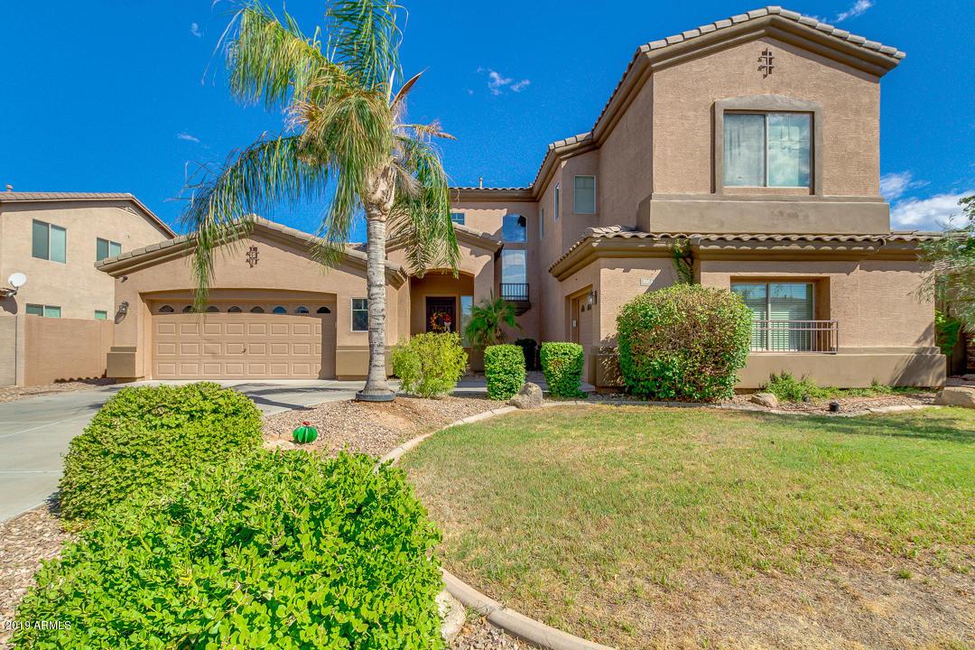Photo of 3056 E VERMONT Drive, Gilbert, AZ 85295