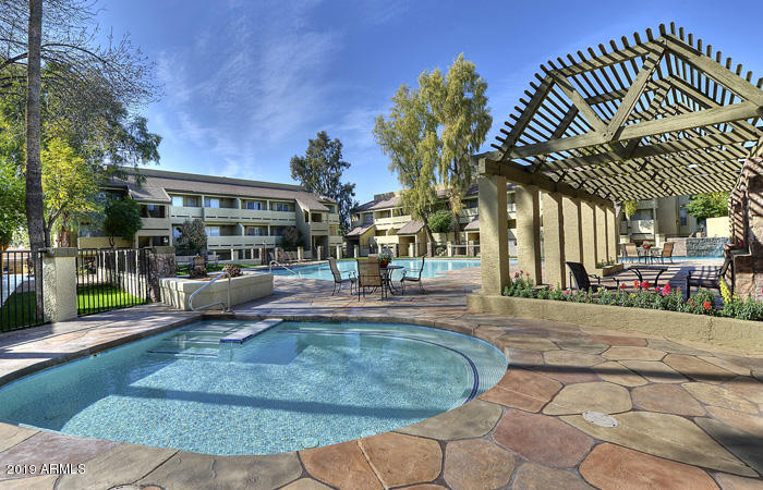 Photo of 1331 W BASELINE Road #171, Mesa, AZ 85202