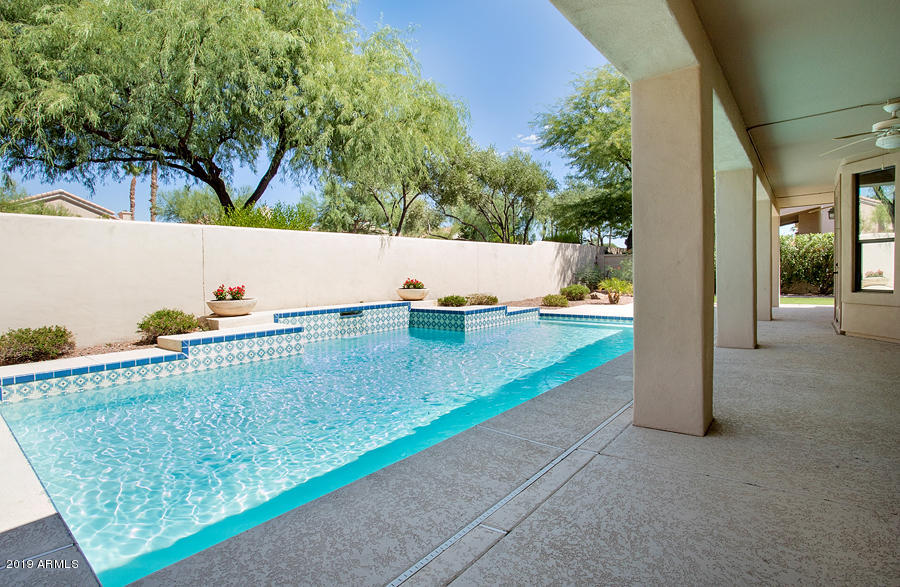 Photo of 11818 E MISSION Lane, Scottsdale, AZ 85259
