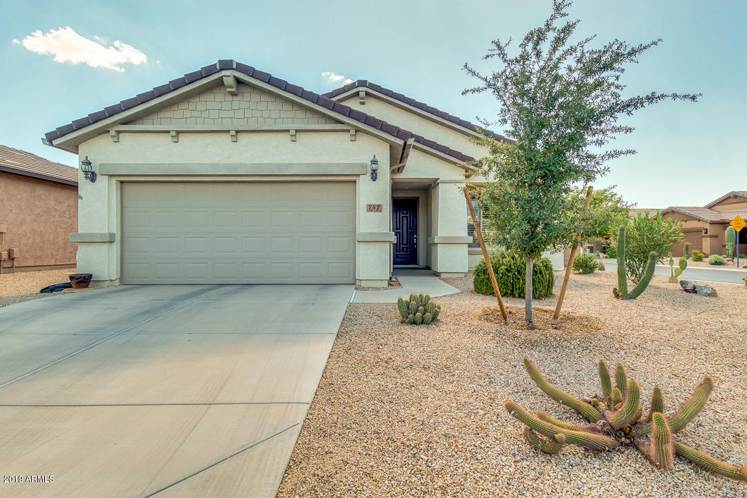 Photo of 757 W TWIN PEAKS Parkway, San Tan Valley, AZ 85143
