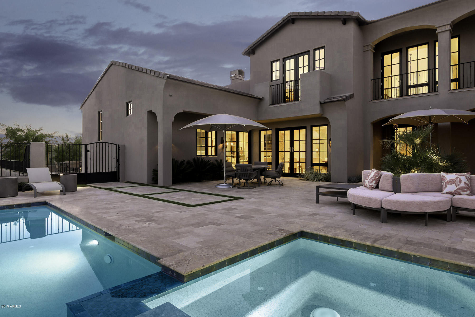 Photo of 6650 N 39TH Place, Paradise Valley, AZ 85253