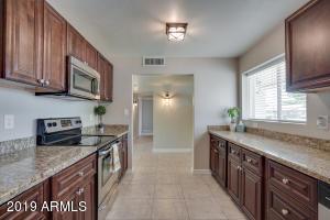 1136 E 2ND Avenue, Mesa, AZ 85204