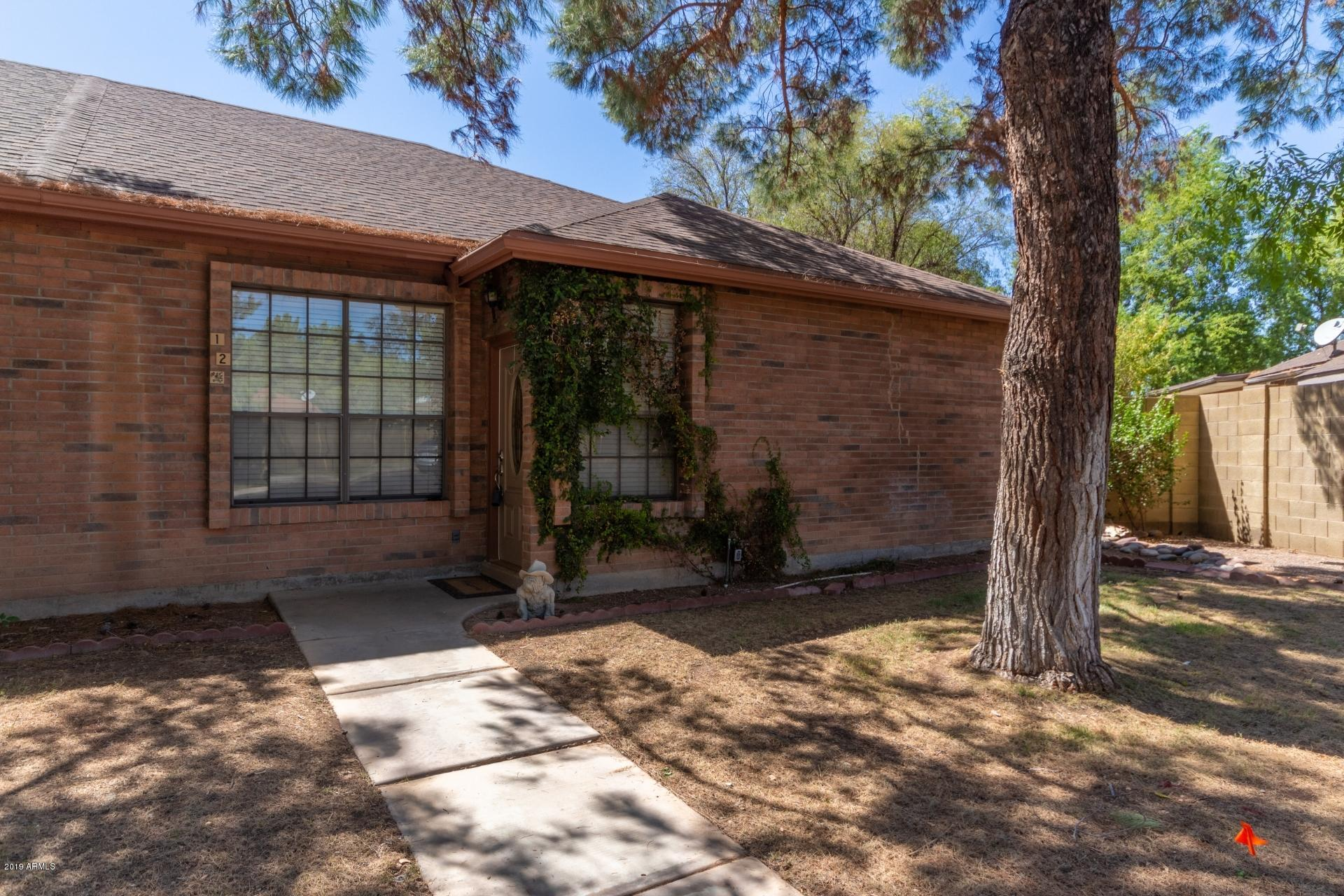 Photo of 12 N COLONIAL Drive, Gilbert, AZ 85234
