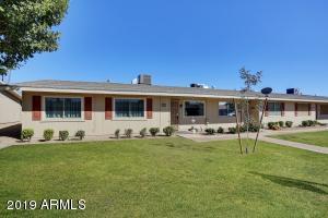 13683 N GARDEN COURT Drive, Sun City, AZ 85351