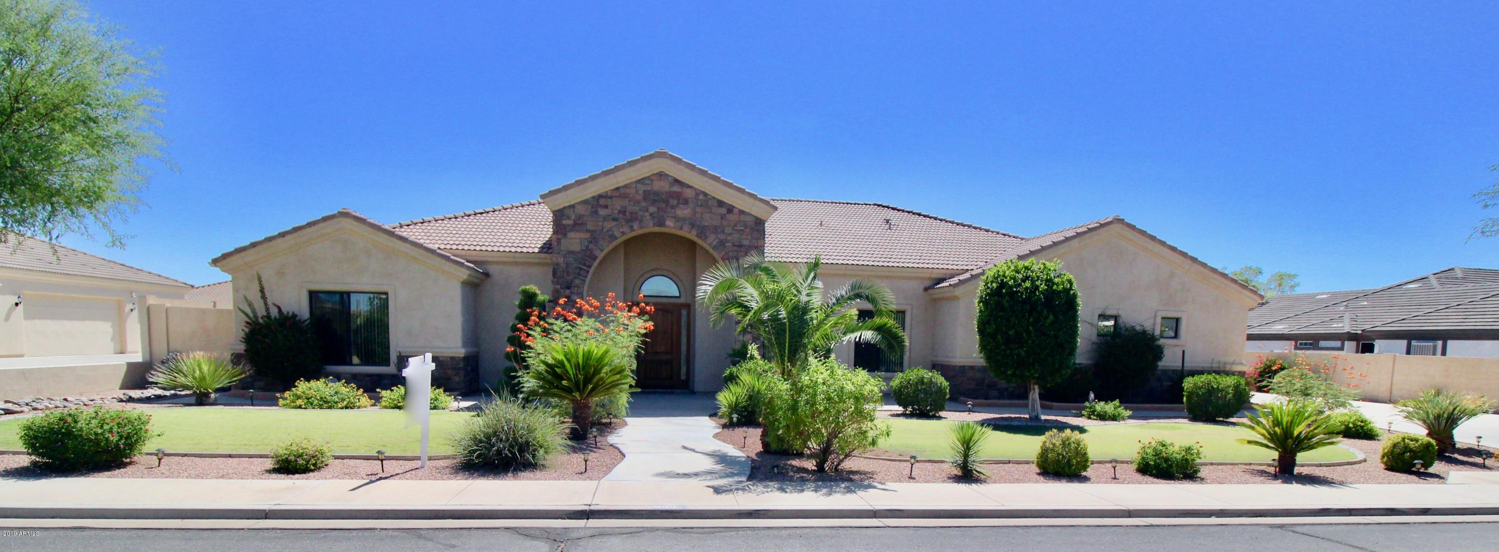 Photo of 8535 E HILLVIEW Circle, Mesa, AZ 85207