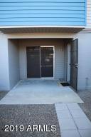 2602 W BERRIDGE Lane, C-102, Phoenix, AZ 85017
