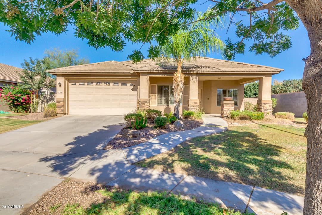 Photo of 3795 S DEW DROP Lane, Gilbert, AZ 85297