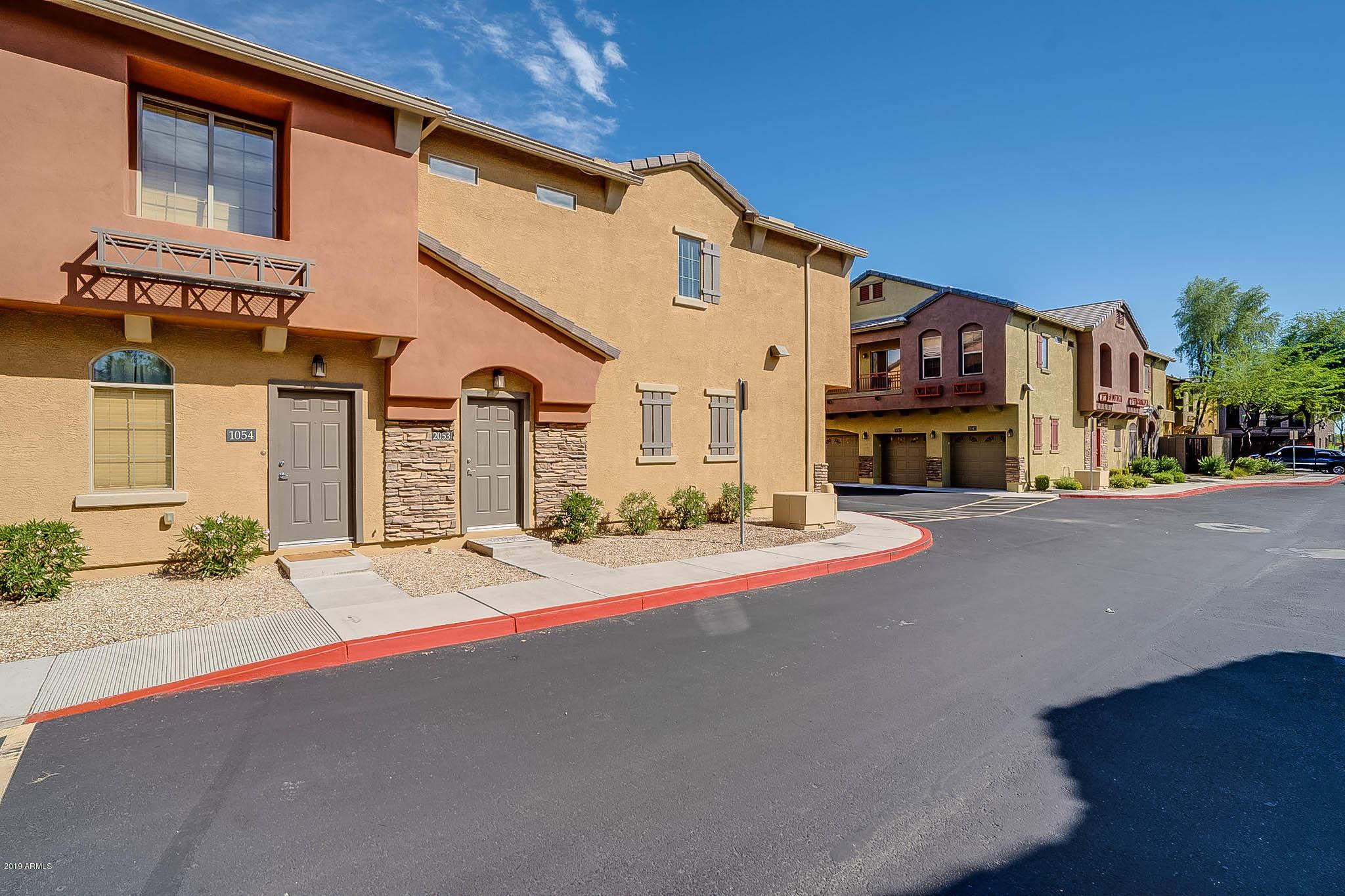 Photo of 2150 W ALAMEDA Road #2053, Phoenix, AZ 85085