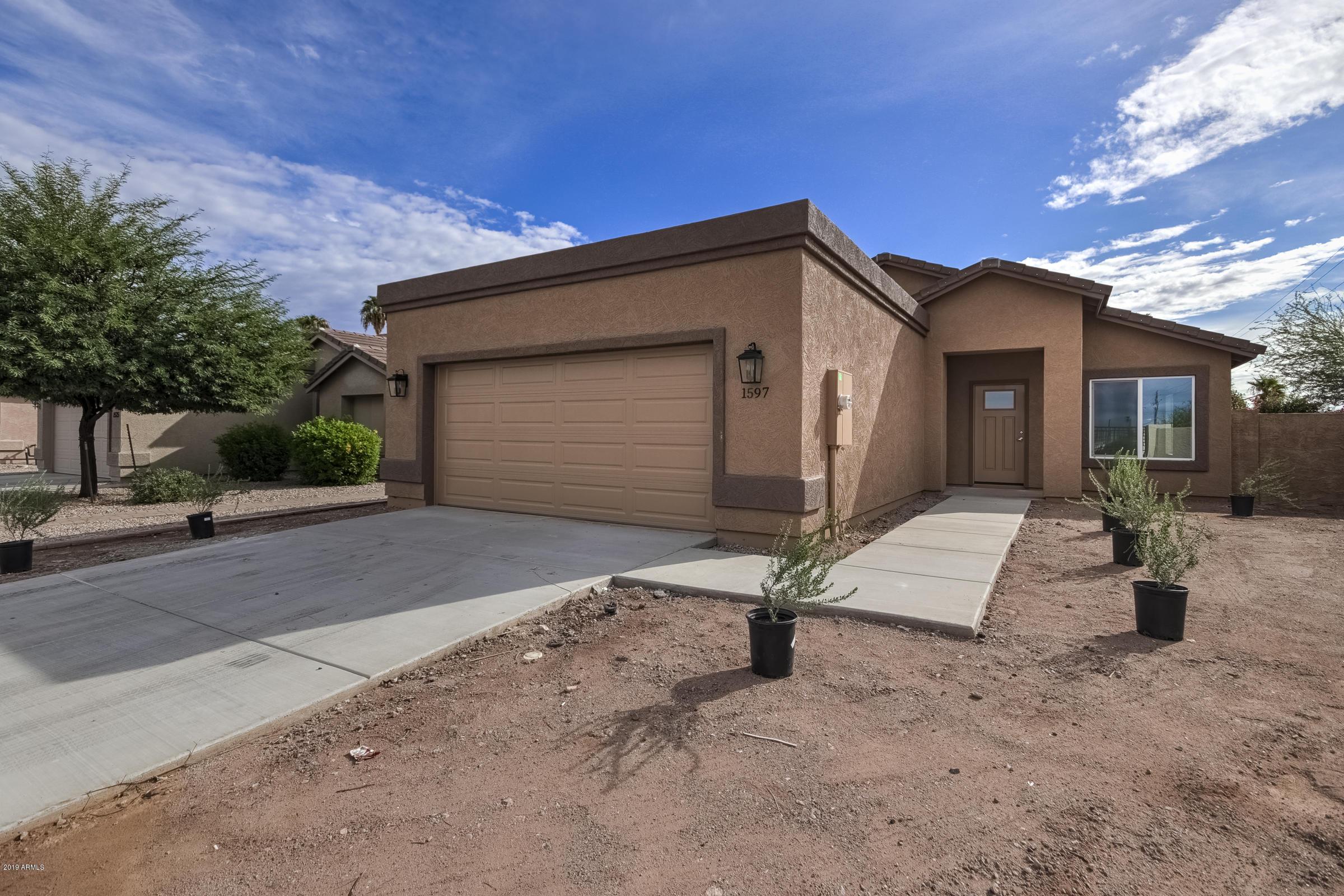 Photo of 1597 S Apache Drive, Apache Junction, AZ 85120
