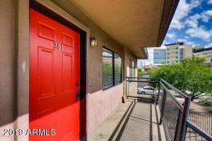 310 W EARLL Drive, 201, Phoenix, AZ 85013