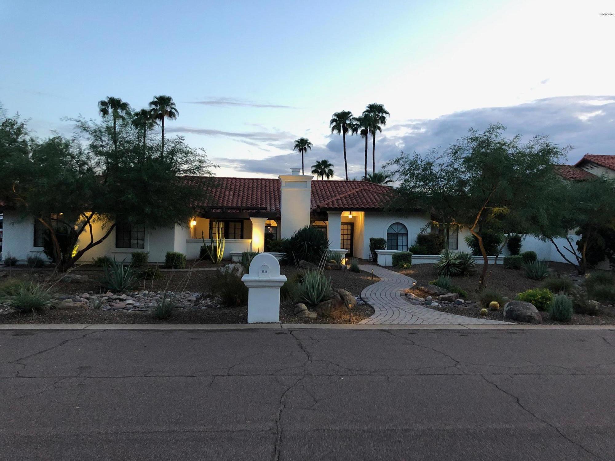 Photo of 1711 E JEANINE Drive, Tempe, AZ 85284