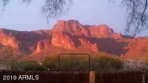 5800 E ARROYO LINDO Street, Apache Junction, AZ 85119
