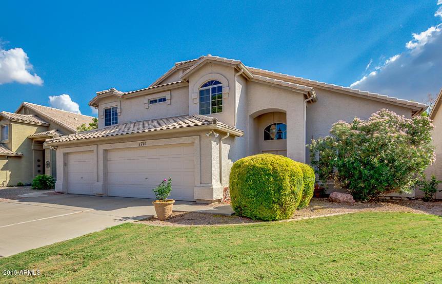 Photo of 1711 W HOUSTON Avenue, Gilbert, AZ 85233