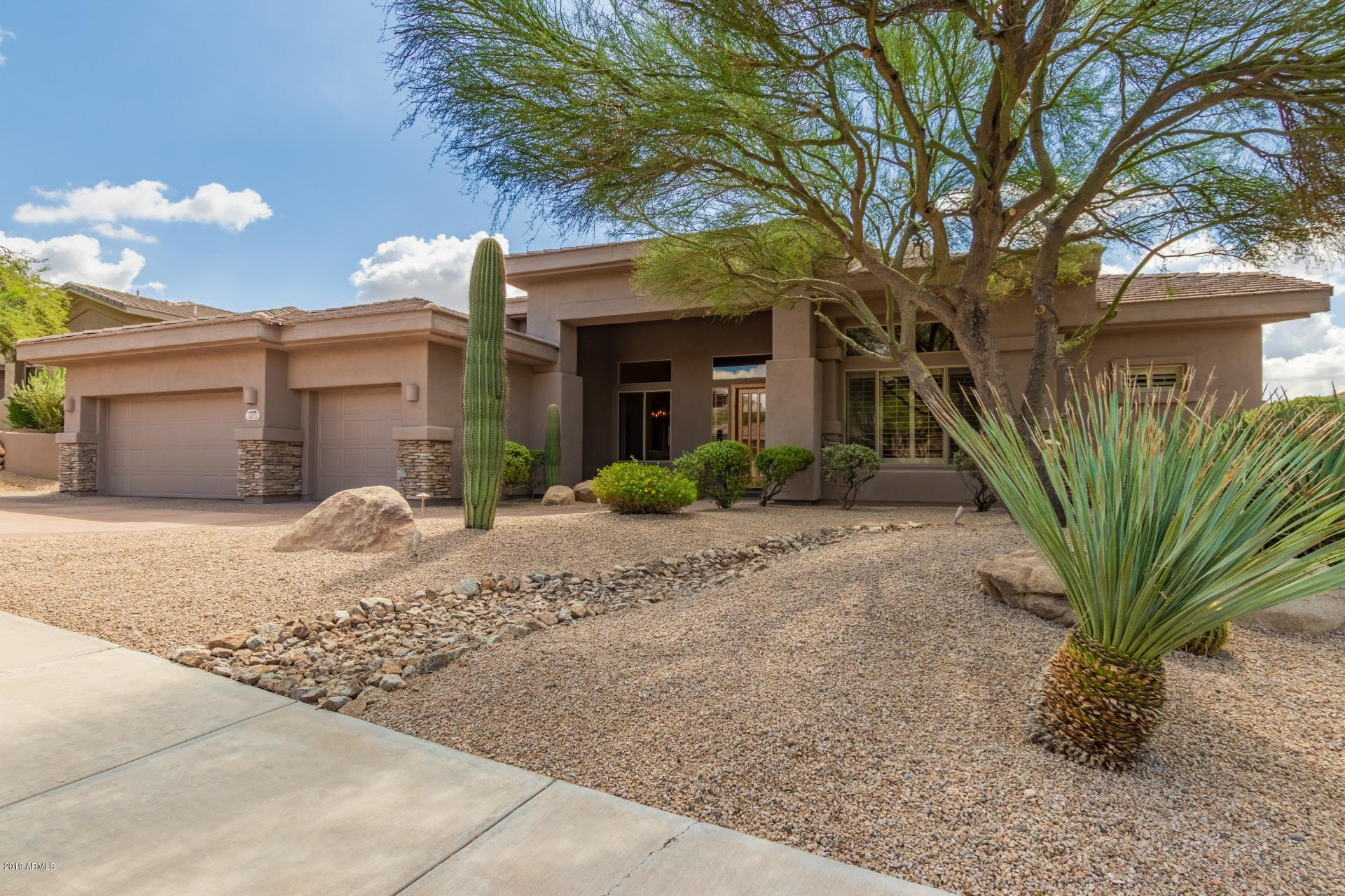Photo of 11071 E ACOMA Drive, Scottsdale, AZ 85255