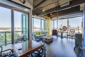 Beautiful 2 bed/2 bath condo at One Lexington features jaw-dropping views!