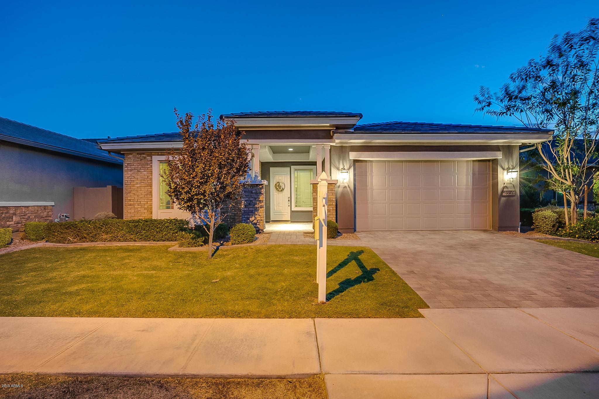 Photo of 2859 E APPALOOSA Road, Gilbert, AZ 85296